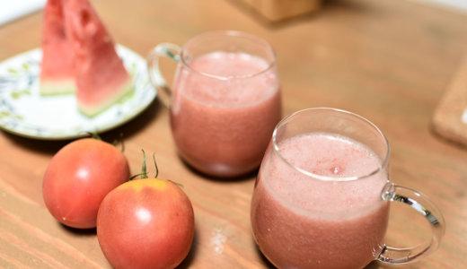 利尿効果があり美肌とデトックスに!爽やか夏のスムージーレシピ【スイカ&トマト&バジル】
