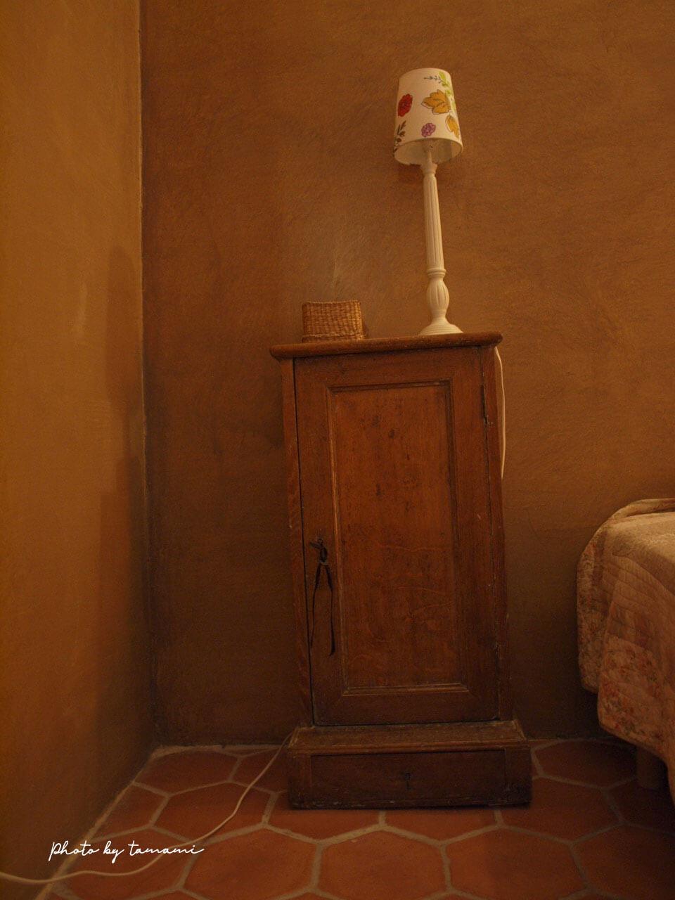 南仏プロヴァンスにあるアンティークで有名な街リルシュルラソルグで泊まったシャンブルドット
